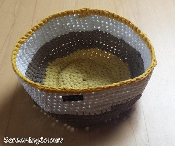 Körbchen aus Textilgarn